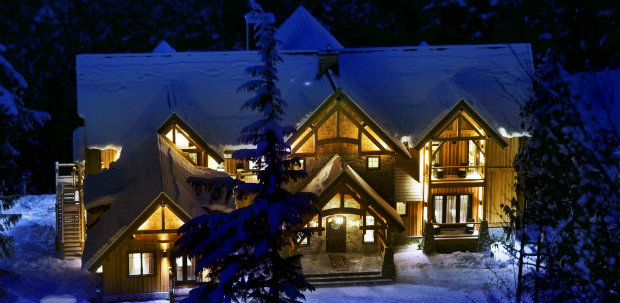 Bighorn heli ski lodge in Revelstoke